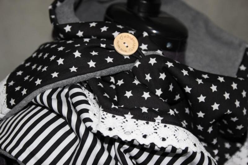 Kleinesbild - XL Wende Schal Wendetuch Knopfschal Sterne Streifen Tuch Wendeschal schwarz weiß Rechteck