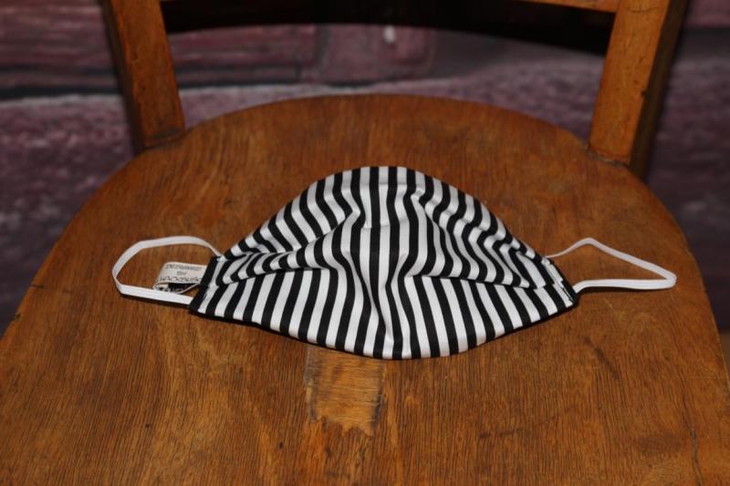 Kleinesbild - Mundbedeckung Maske Mundmaske Mund-  und Nasenbedeckung schwarz weiß gestreift
