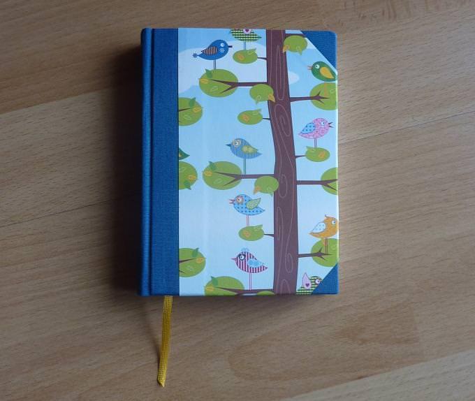 - Handgebundenes Notizbuch mit Vogelmotiv - blau - Handgebundenes Notizbuch mit Vogelmotiv - blau