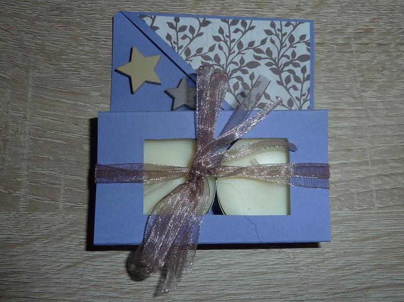 - Teelichtgeschenkset mit zwei Teelichtern - lila-beige - Teelichtgeschenkset mit zwei Teelichtern - lila-beige
