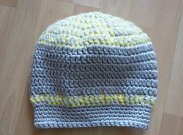 Kleinesbild - gehäkelte Mütze - grau-gelb