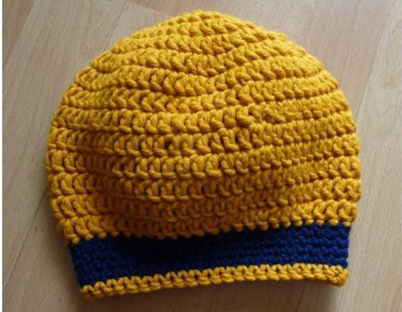 - gehäkelte Mütze - senf-blau - gehäkelte Mütze - senf-blau