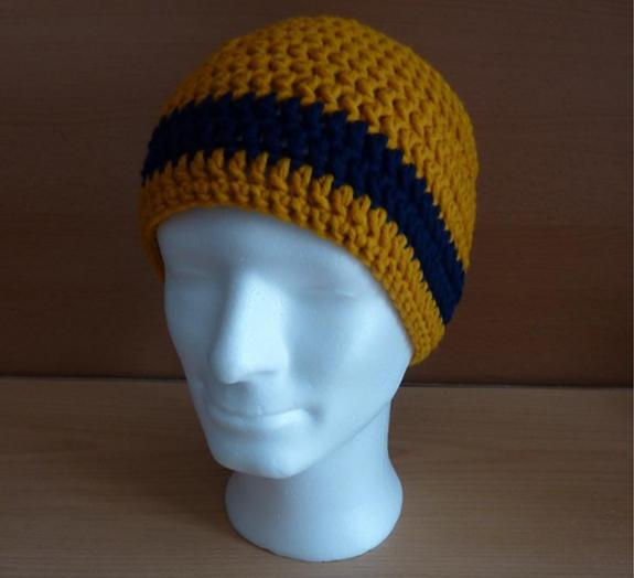 - gehäkelte Mütze - gestreift - senf-blau  - gehäkelte Mütze - gestreift - senf-blau