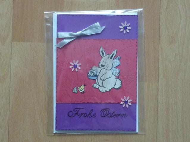 - handgefertigte Ostergrußkarte mit Hasenmotiv lila-pink - handgefertigte Ostergrußkarte mit Hasenmotiv lila-pink