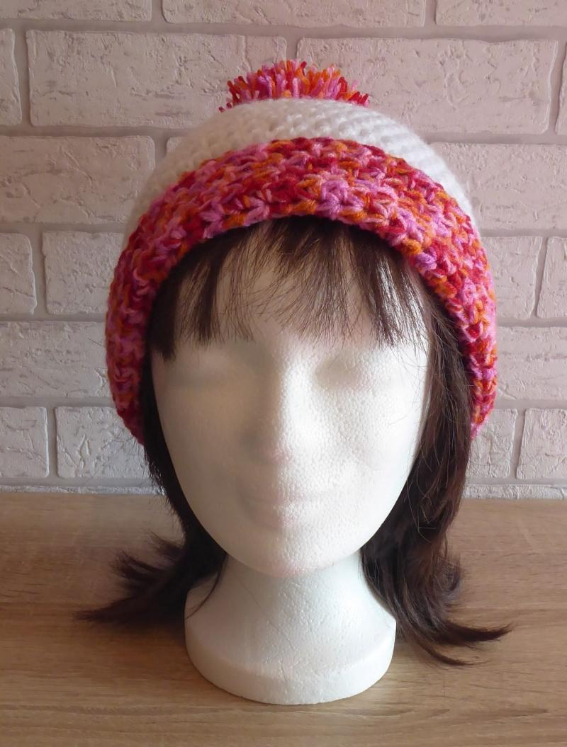 Kleinesbild - gehäkelte Bommelmütze - weiß-rosa-rot