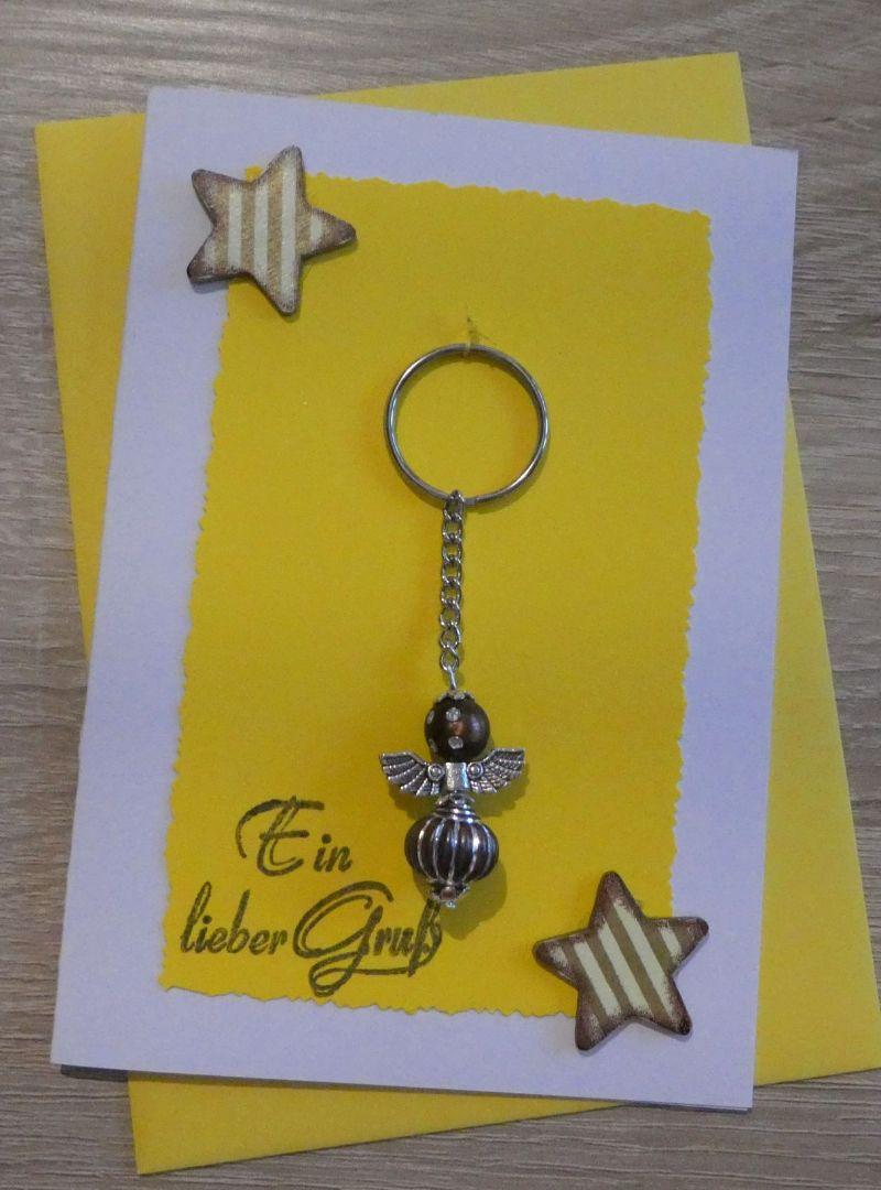 - Schlüsselanhänger Engel inkl. Grußkarte und Briefumschlag (gelb/weiß/braun) - Schlüsselanhänger Engel inkl. Grußkarte und Briefumschlag (gelb/weiß/braun)