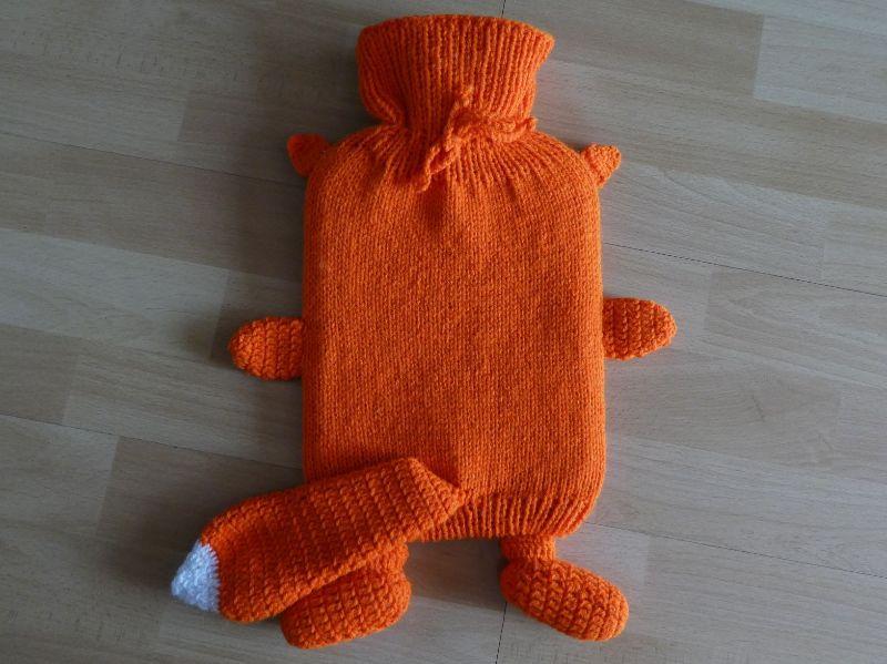 Kleinesbild - Gestrickter Wärmflaschenbezug - Fuchs ink. Wärmflasche