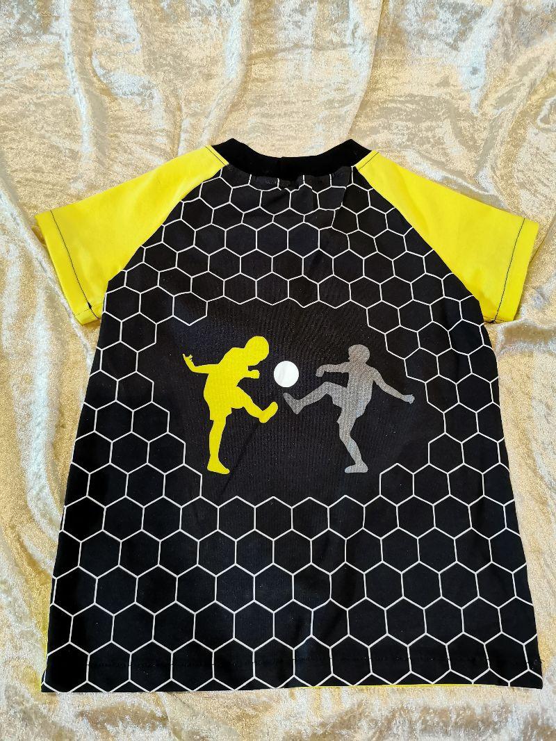 Kleinesbild - T-Shirt ´Fußball´ Gr. 98/104