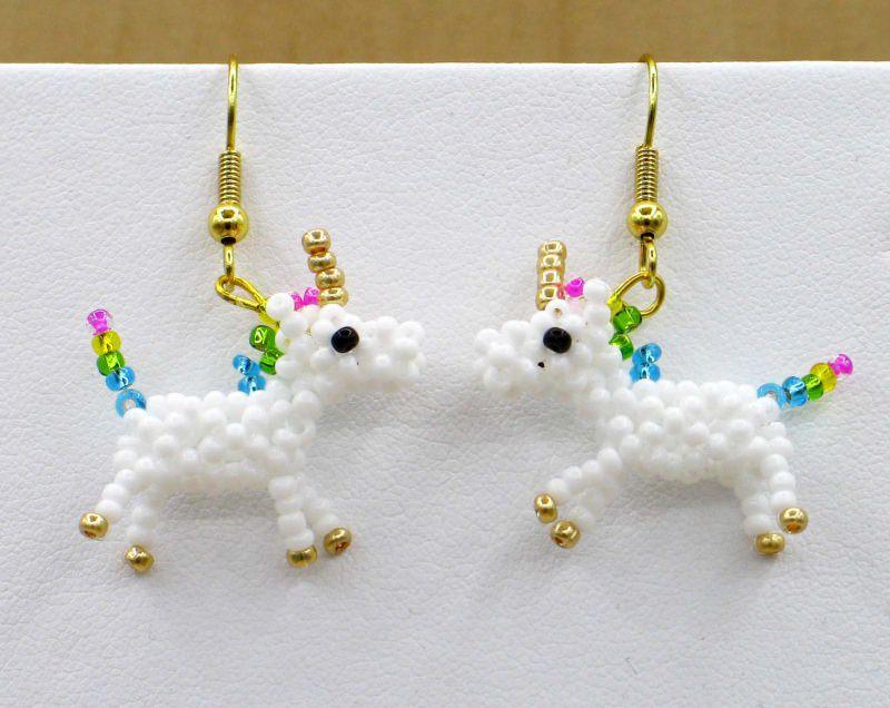 - Einhorn Ohrringe, Regenbogen aus 2,3mm Rocailles - Einhorn Ohrringe, Regenbogen aus 2,3mm Rocailles