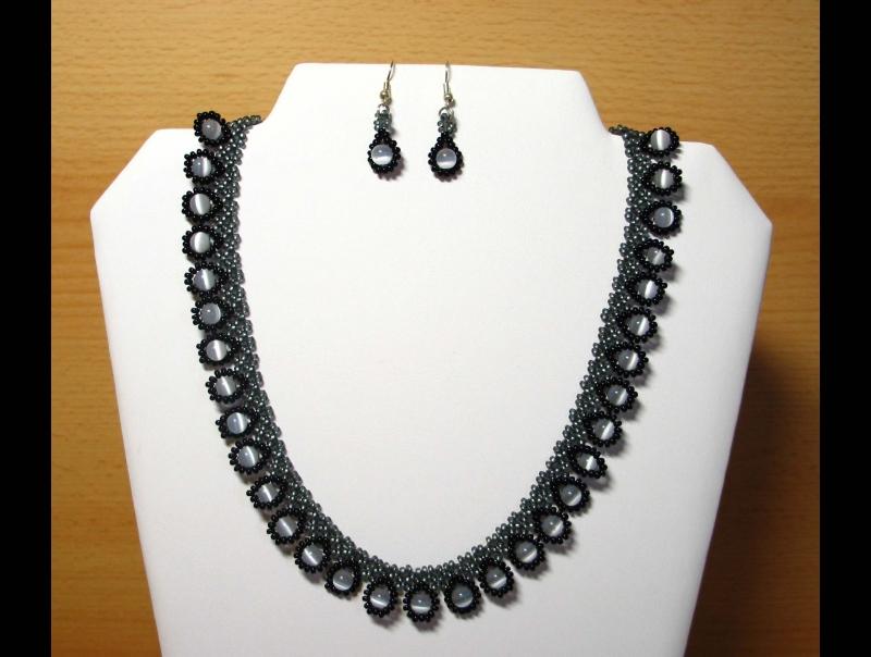 - Tröpfchencollier Schmuckset grau-schwarz; Collier + Ohrringe - Tröpfchencollier Schmuckset grau-schwarz; Collier + Ohrringe