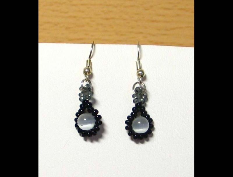 Kleinesbild - Tröpfchencollier Schmuckset grau-schwarz; Collier + Ohrringe