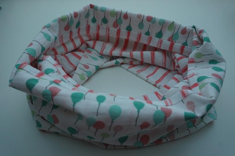 Kleinesbild - Baumwoll-Loop pastell mit Jersey / sommerlicher Schal mit Ballons + Streifen * handgenäht