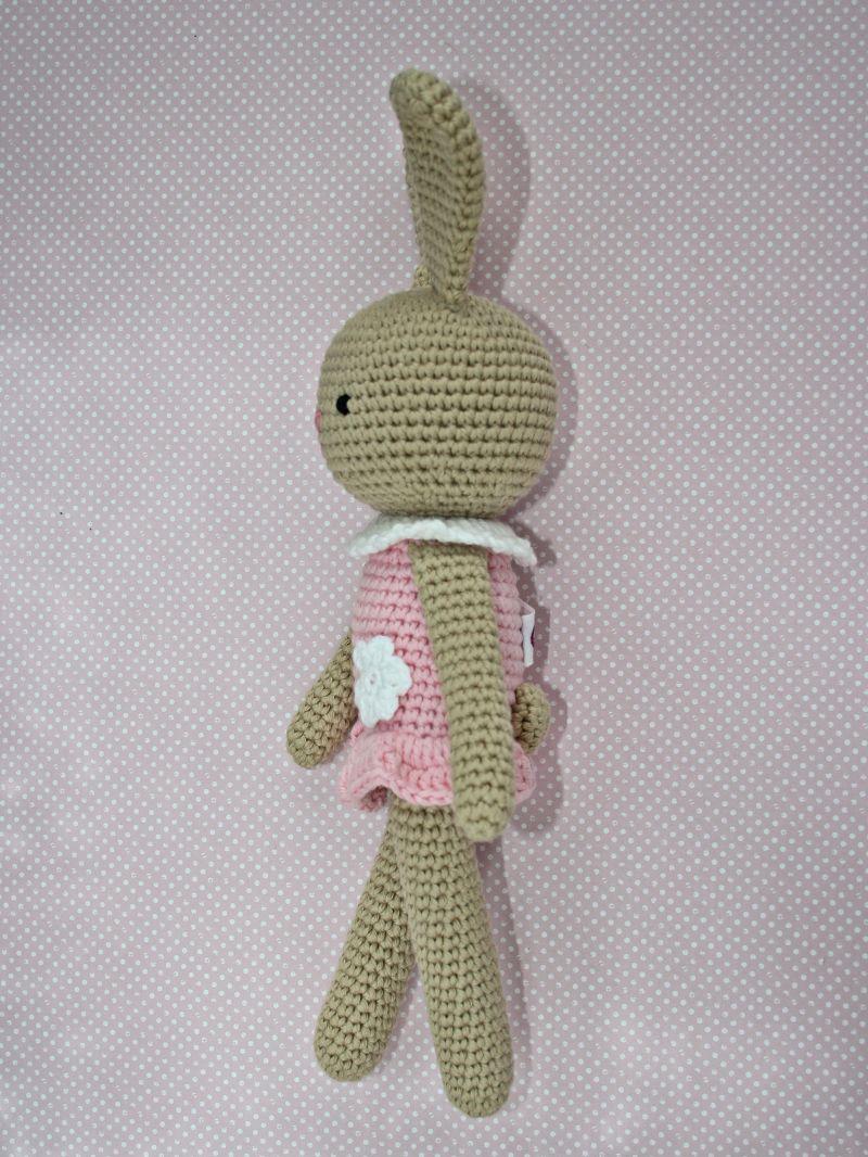 Kleinesbild - Häkeltier Häkelhase Hasenmädchen Maja sand/rosa aus Baumwolle Handarbeit