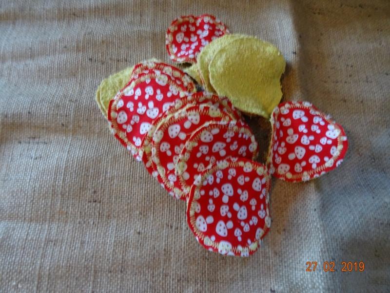 - Handgemachte Waschbare Makeup-Pads gelb mit Pilzen  - Handgemachte Waschbare Makeup-Pads gelb mit Pilzen