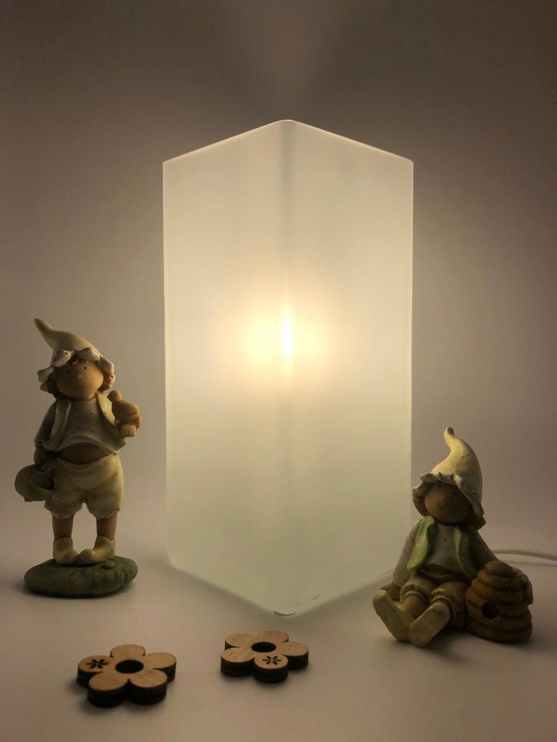 Kleinesbild - Nachtlicht, Kinderzimmerlampe, Tischleuchte, Kinderlampe , Lampe Häschen hellgrün, inkl.Glasleuchte, von Mausbär