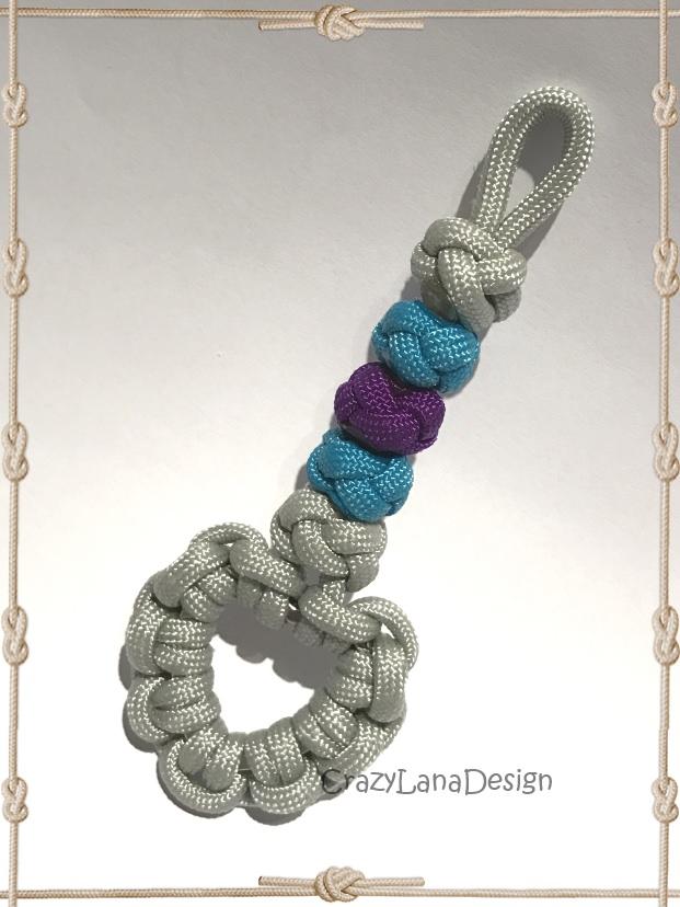 Kleinesbild -  ♡ Schlüsselanhänger mit Herz in grau/türkis/lila ♡