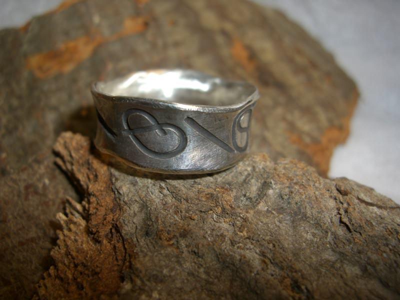 Kleinesbild - Silberring konkav - mit Motiven