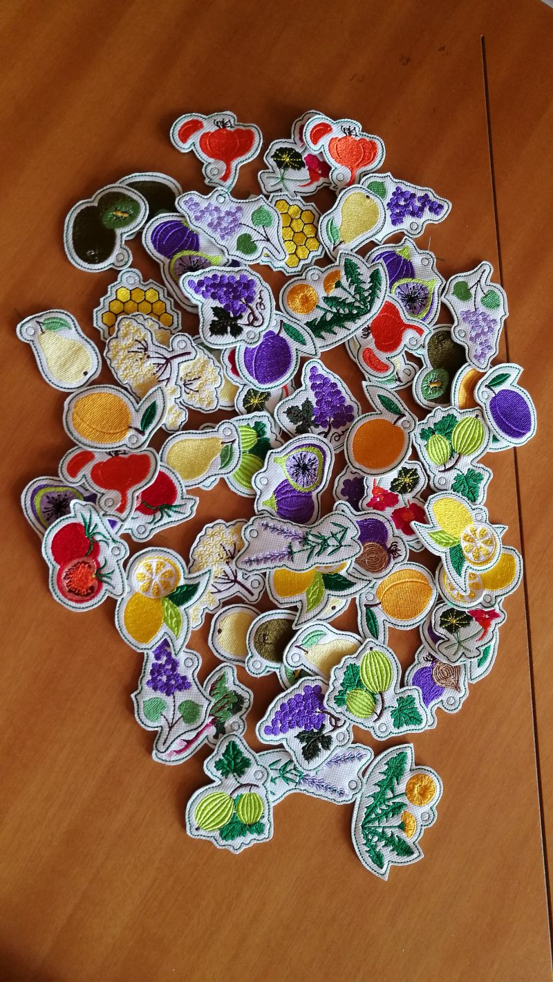 Kleinesbild - Dekorative Anhänger  im 4-Set für die selbst eingekochte Marmelade, Deko für das Einmachglas