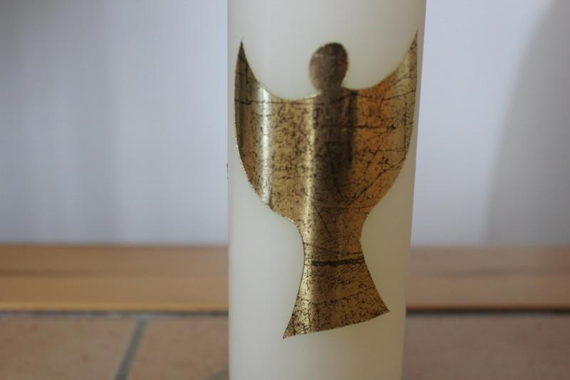Kleinesbild - Schlichte Kerze mit Psalmspruch und goldfarbenem Engel