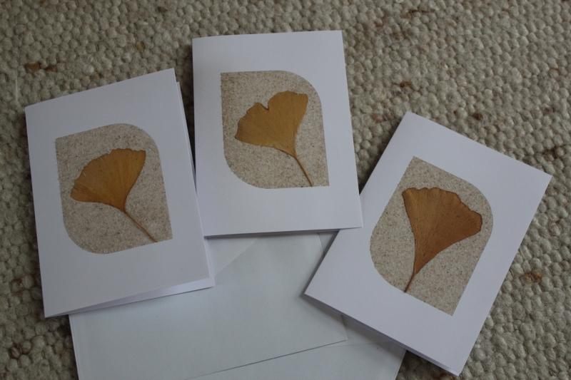 - Besondere Sandkarten, Grußkarten mit Ginkgo-Blättern - Besondere Sandkarten, Grußkarten mit Ginkgo-Blättern