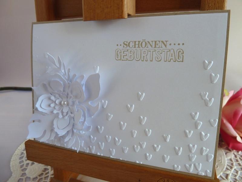 Kleinesbild - Geburtstagskarte / Glückwunschkarte in weiß mit Blüte *von IdeenOase*