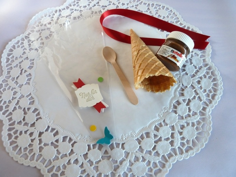 Kleinesbild - Gastgeschenk zur Einschulung in Cellophantüte/Eistüte mit Nussnougatcreme *von IdeenOase*