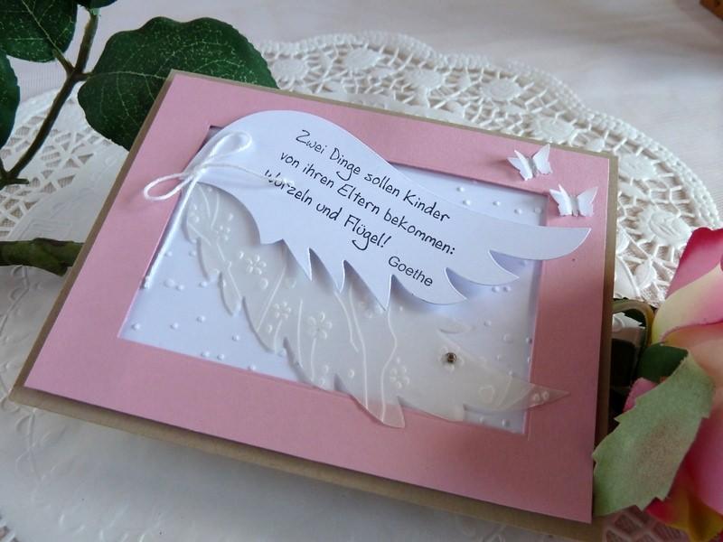 Kleinesbild - Karte zur Geburt/Taufe für ein Mädchen in rosa/weiß  mit Flügeln