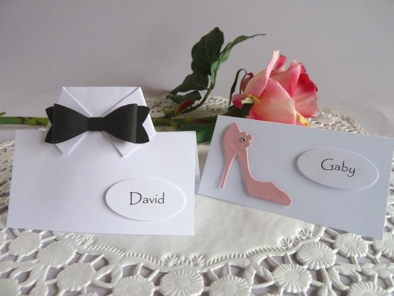 Kleinesbild - Tischkarte/Platzkarte zur Hochzeit mit Pumps für einen weiblichen Gast
