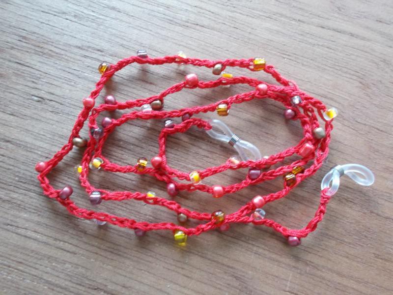 - Brillenband Brillenkette  Perlenbrillenband ♥ *rot*  - Brillenband Brillenkette  Perlenbrillenband ♥ *rot*