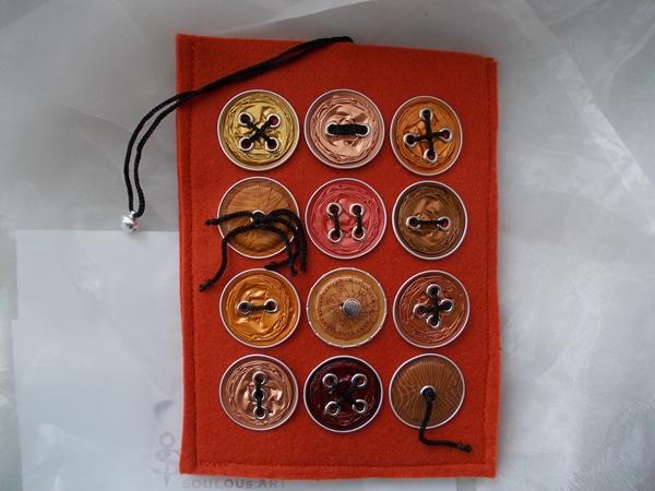 Kleinesbild - Hülle Case Etui Tasche für E-Book-Reader aus Filz und Nespresso-Kapseln-Knöpfen  ♥ *orangecap* orange