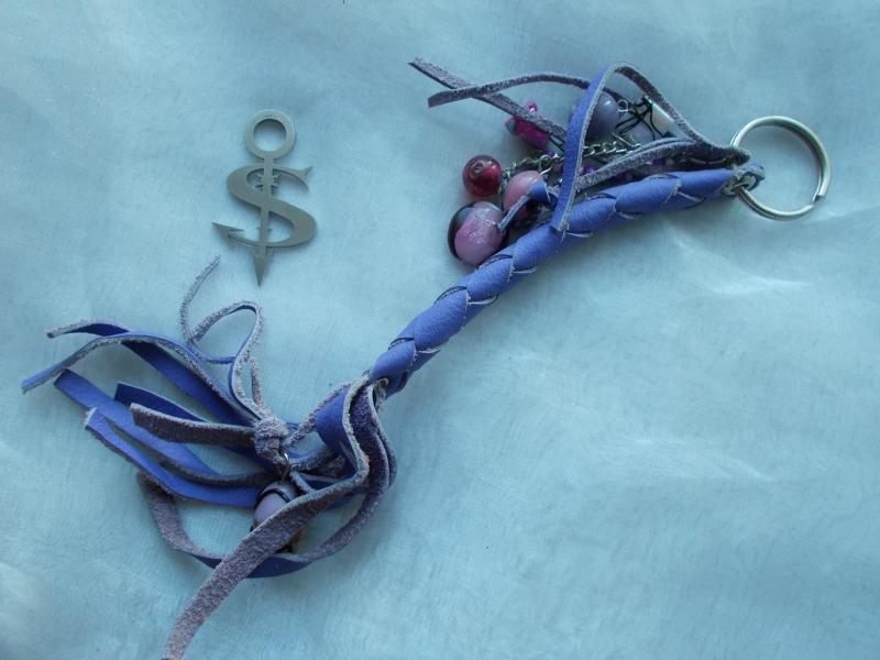 - Schlüsselanhänger Schmuckanhänger Schlüsselring echt Leder ♥ Pretty Pearls lila - Schlüsselanhänger Schmuckanhänger Schlüsselring echt Leder ♥ Pretty Pearls lila