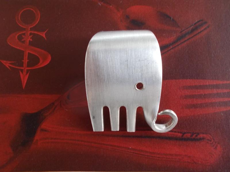 -  Besteckschmuck Anhänger ♥ Gabel Elefant matt gebürstet Lagenlook -  Besteckschmuck Anhänger ♥ Gabel Elefant matt gebürstet Lagenlook