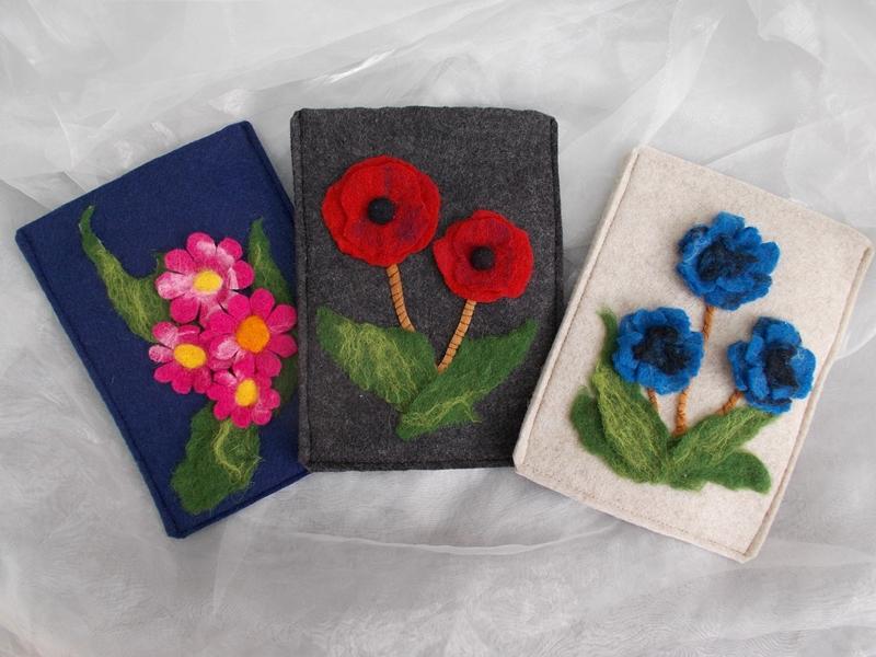 Kleinesbild - Hülle Case Etui Tasche für E-Book-Reader aus Filz und handegefilzen Blumen  ♥ Sonnenblume grau