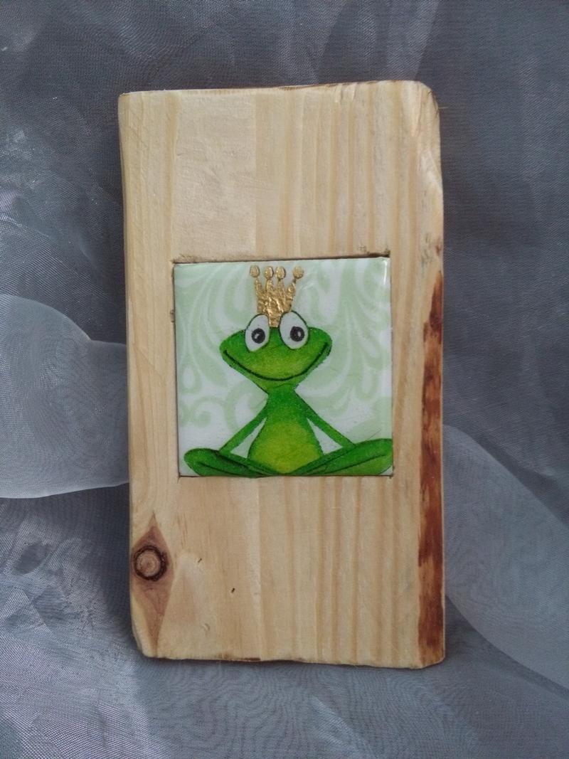 - Holzbild mit Fliese   ♥  * Froschkönig * aus  Palettenholz und handgefertigter Fliese - Holzbild mit Fliese   ♥  * Froschkönig * aus  Palettenholz und handgefertigter Fliese