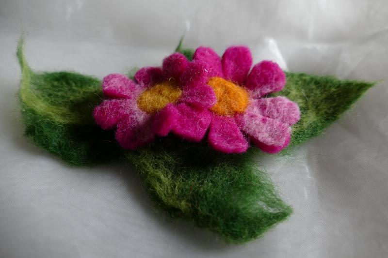 Kleinesbild - Haarspange gefilzt ♥ Haarspange Pink Flower Haarschmuck