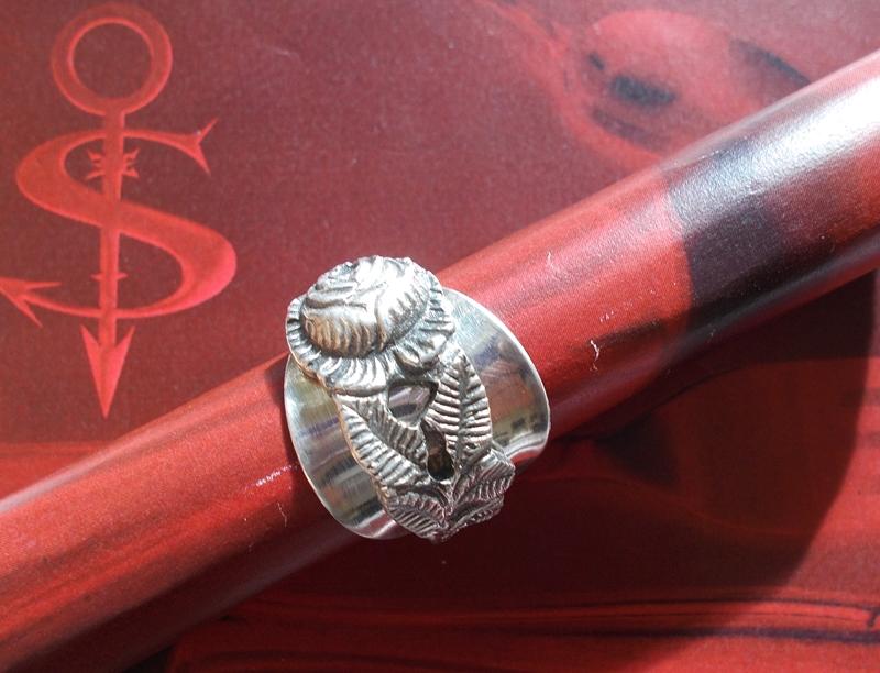 - Besteckschmuck Ring ♥  Rose Ring  aus einem Mokkalöffel Größe 64 - Besteckschmuck Ring ♥  Rose Ring  aus einem Mokkalöffel Größe 64