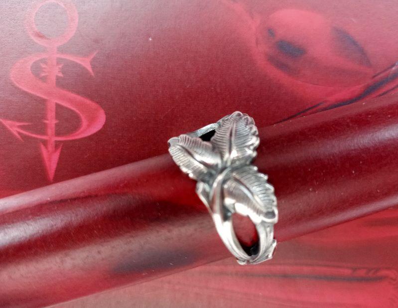 Kleinesbild - Besteckschmuck Ring ♥  Rosé Ring  aus einem Kaffeelöffel  Stielende Größe 60