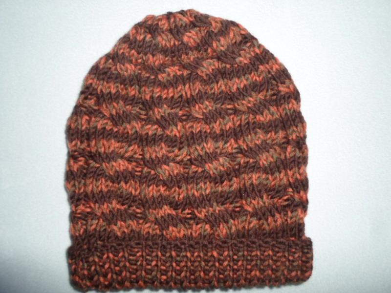 - Mütze in den Farben braun orange aus reiner Merinowolle - Mütze in den Farben braun orange aus reiner Merinowolle