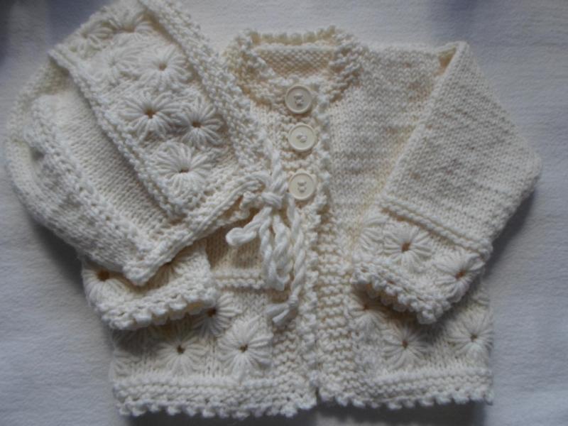 - Gr.62/68 Babygarnitur in naturweiß aus reiner Wolle handgestrickt - Gr.62/68 Babygarnitur in naturweiß aus reiner Wolle handgestrickt