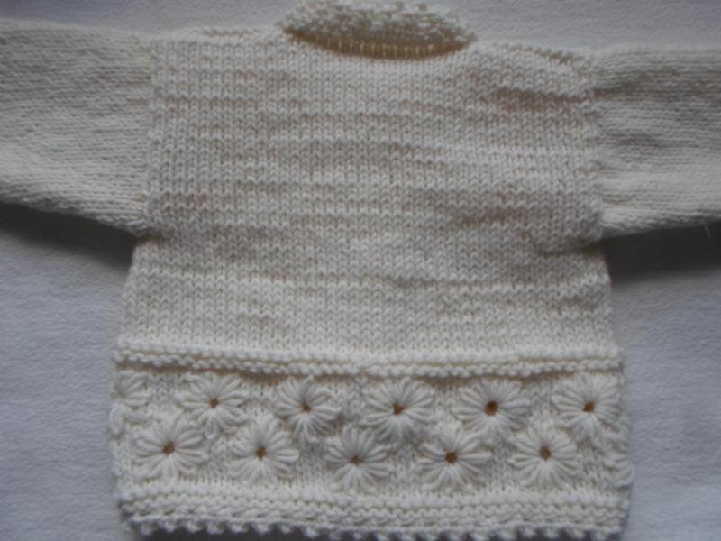 Kleinesbild - Gr.62/68 Babygarnitur in naturweiß aus reiner Wolle handgestrickt