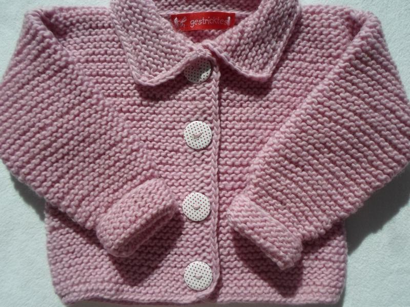 Kleinesbild - Gr.68/74 Babystrickjacke in rosa mit passendem Mützchen aus kuschelig weicher Schurwolle kraus rechts handgestrickt