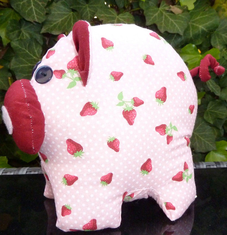 Kleinesbild - Erdbeerschwein Rosa