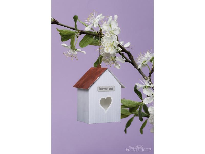 Kleinesbild - Grußkarte »Vogelhaus« mit heraustrennbarem Bastelbogen — 01.schmutzigweiß