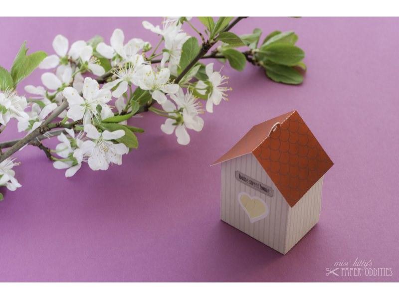 Kleinesbild - Grußkarte »Vogelhaus« mit heraustrennbarem Bastelbogen — 02.sand
