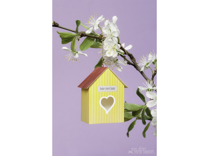 Kleinesbild - Grußkarte »Vogelhaus« mit heraustrennbarem Bastelbogen — 04.zitronengelb