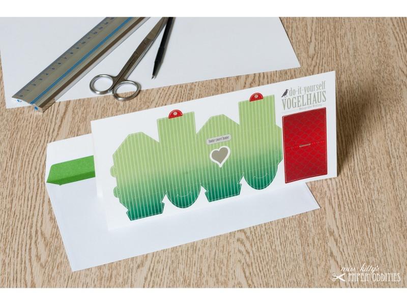 Kleinesbild - Grußkarte »Vogelhaus« mit heraustrennbarem Bastelbogen — 09.blassgrün