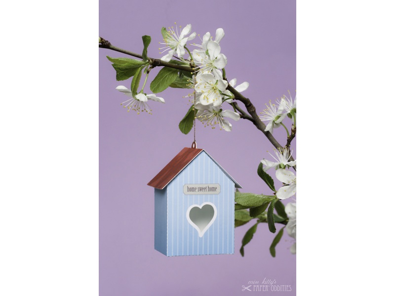 Kleinesbild - Grußkarte »Vogelhaus« mit heraustrennbarem Bastelbogen — 10.himmelblau