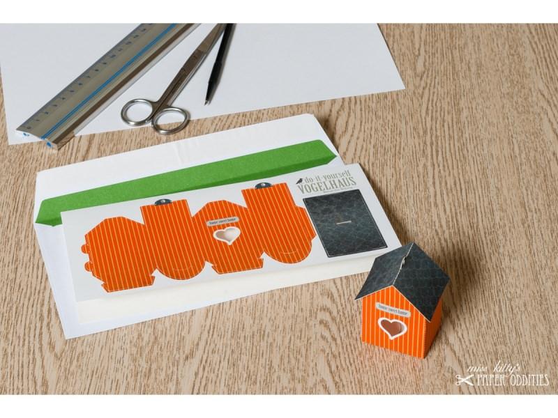 - Grußkarte »Vogelhaus« mit heraustrennbarem Bastelbogen — 13.orange - Grußkarte »Vogelhaus« mit heraustrennbarem Bastelbogen — 13.orange