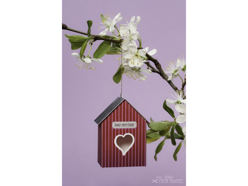 Kleinesbild - Grußkarte »Vogelhaus« mit heraustrennbarem Bastelbogen — 15.pink