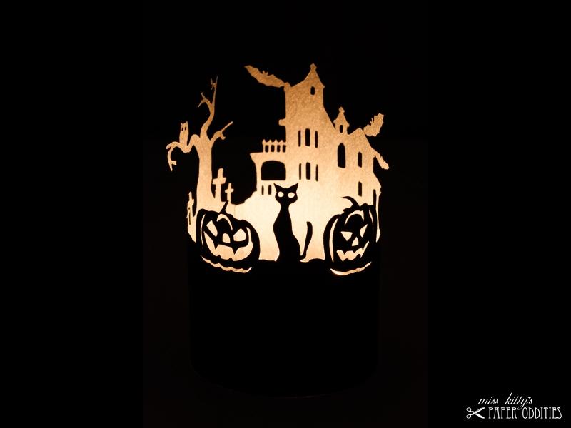 - Windlicht-Bastelbogen »Halloween« zum Beleuchten mit einem (LED)-Teelicht - Windlicht-Bastelbogen »Halloween« zum Beleuchten mit einem (LED)-Teelicht